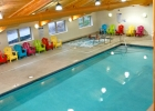 breezy-inn-pool