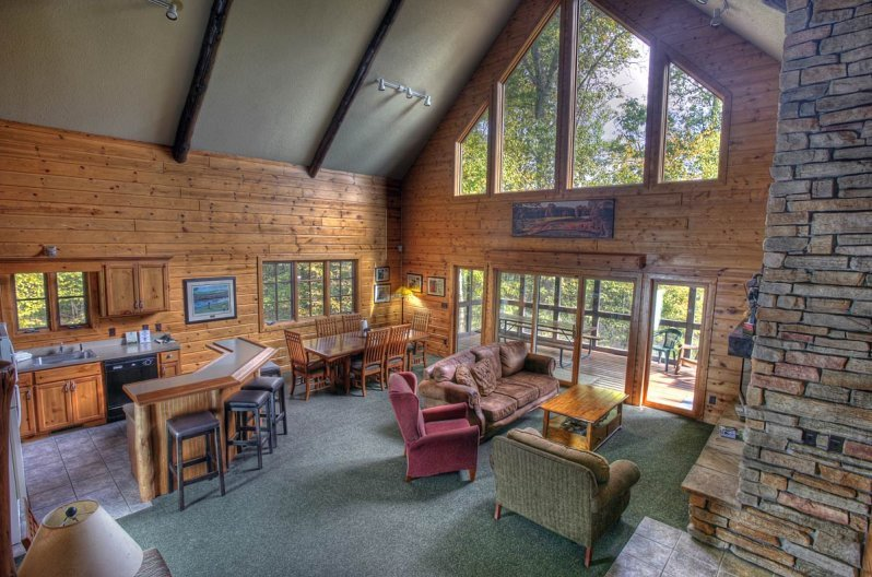Deacon S Lodge Cabins Minnesota Golf Vacations Breezy