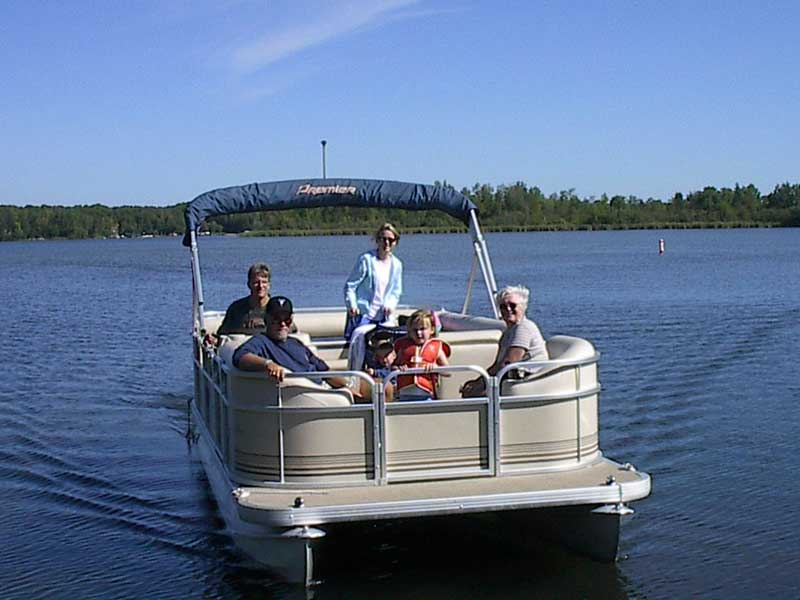 Brainerd boat rentals breezy point marina on pelican for Minnesota fishing resorts