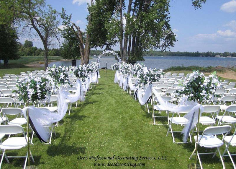 wedding-outdoor-lakeside